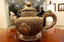 Rich Tea Pot